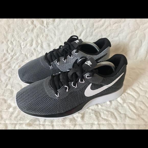 Nike Shoes   Tanjun Racer Dark Grey